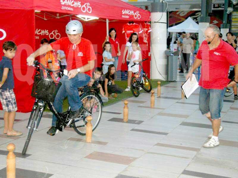 Carpa plegable personalizada para Bicicletas Sanchís