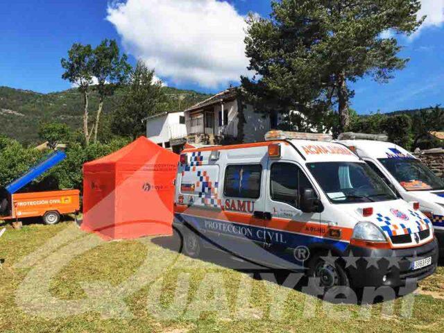 Carpas plegables para hospital de campaña en Huesca