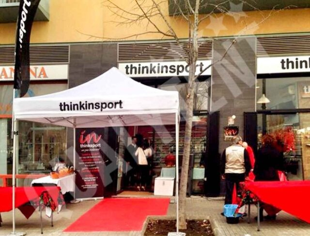 Carpa plegable de 3x3m personalizada para Thinkinsport