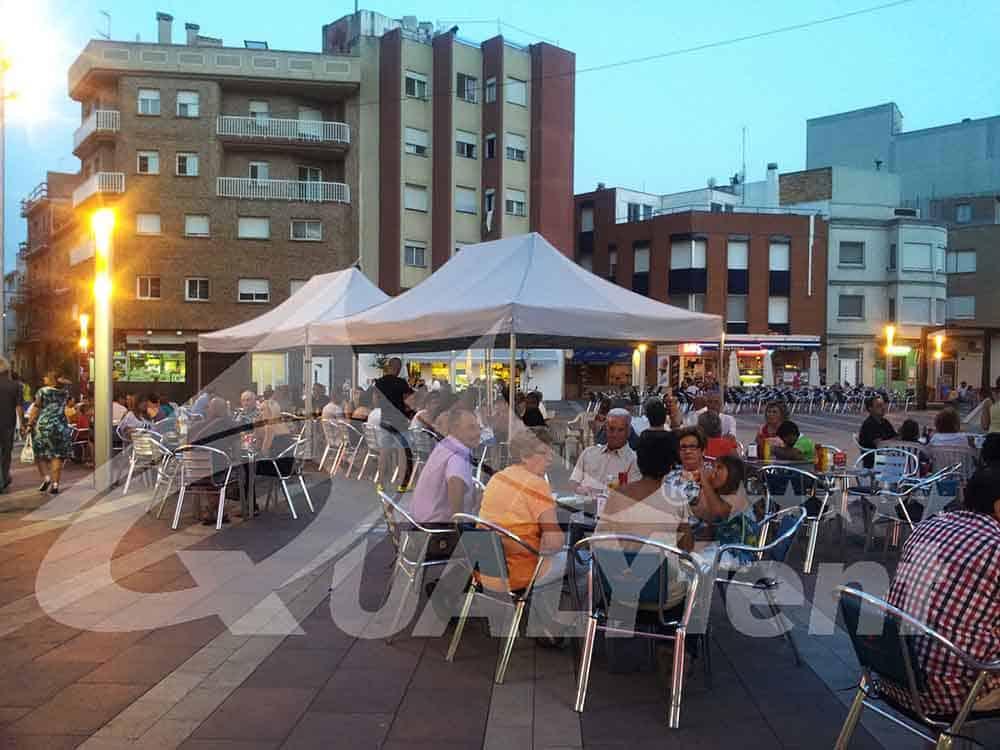 Tiendas plegables Qualytent, carpas robustas para terrazas de bar
