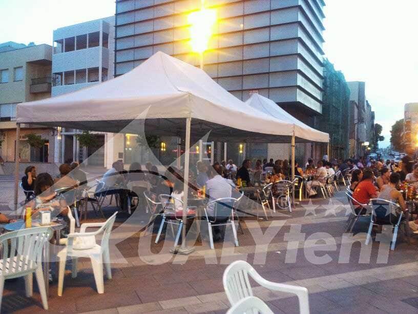 Carpas plegables para terrazas de bar y hostelería de Qualytent