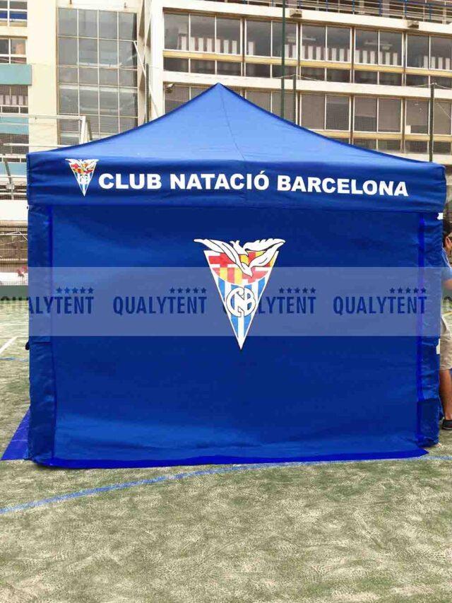 Carpas plegable Club Natació Barcelona de color azul personalizada de Qualytent