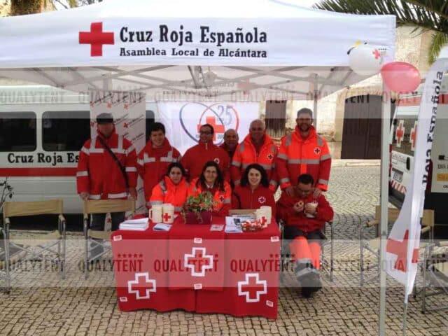 Carpa plegable para Cruz Roja